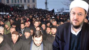 Bitlis'te silahlı saldırıya uğramıştı! Cenazesine 10 bin kişi katıldı