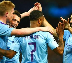 Manchester City mağlubiyetten farka koştu