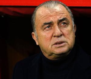 Galatasaray'da ilk yolcu belli oldu! Ne Seri ne de N'zonzi...
