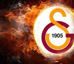 Galatasaray'ın yeni transferini canlı yayında açıkladı!