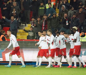 Gaziantep FK, Çaykur Rizespor'u iki golle geçti