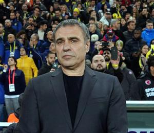 İstifa iddiaları sonrasında Ersun Yanal'la ilgili şok paylaşım