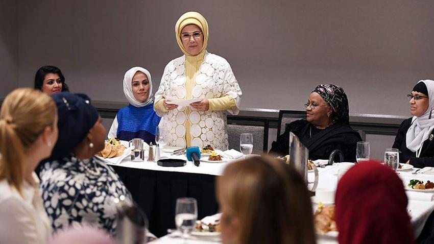 Emine Erdoğan ABD'li Müslüman toplumun kadın temsilcileriyle buluştu