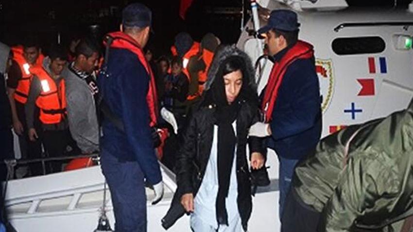 İzmir'de 324 düzensiz göçmen yakalandı