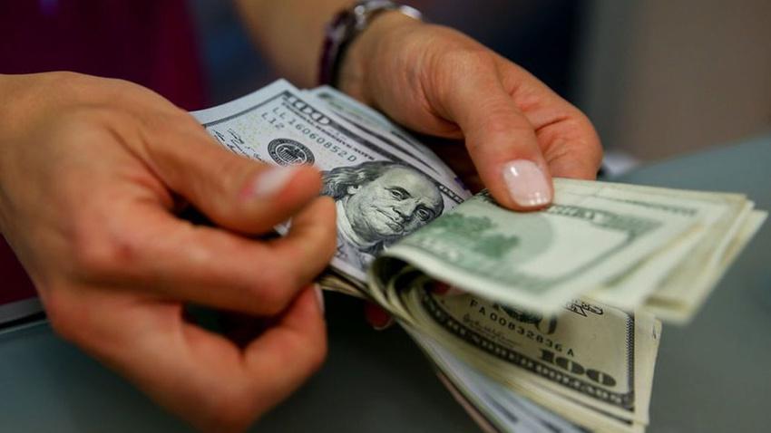 Trump tweet attı dolar 5.81'i geçti