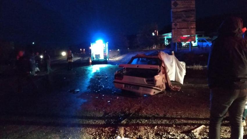 Bursa'da feci kaza: 2 ölü, 2 yaralı