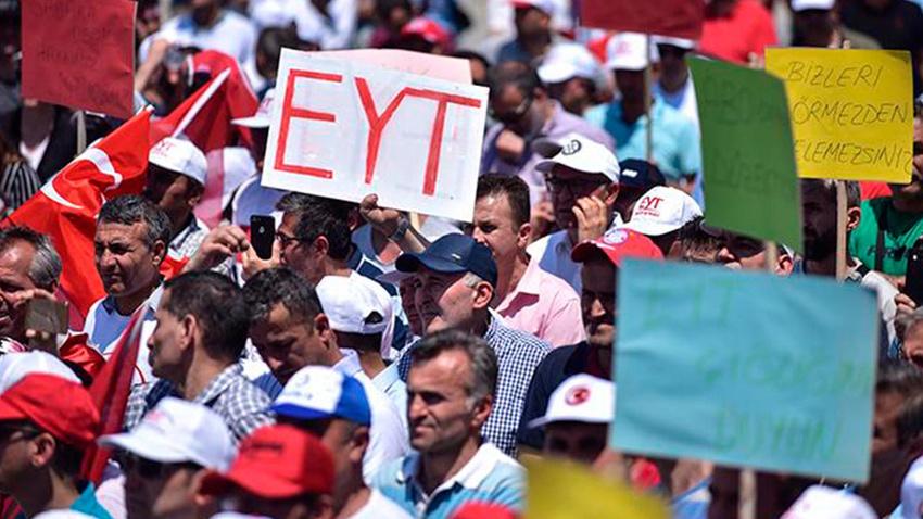 Bakan'dan EYT'lileri üzen açıklama: Gündemimizde yok