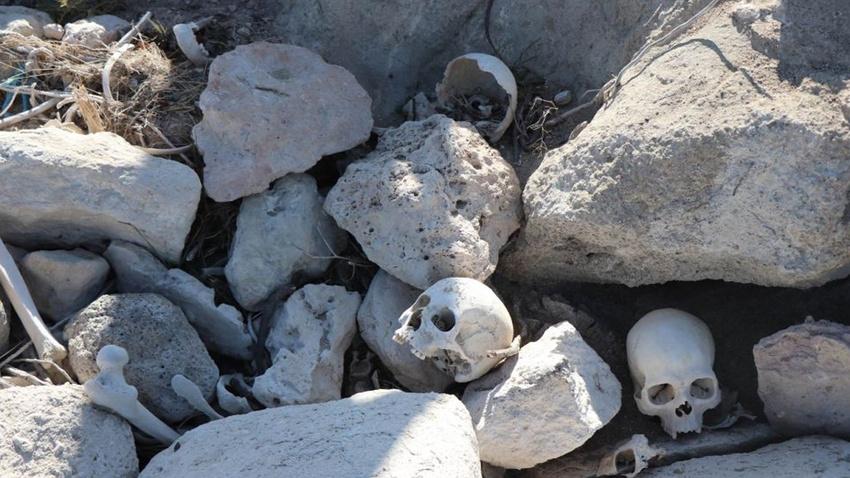 Kayseri'de baraj suları çekilince iskelet ve kafatasları ortaya çıktı