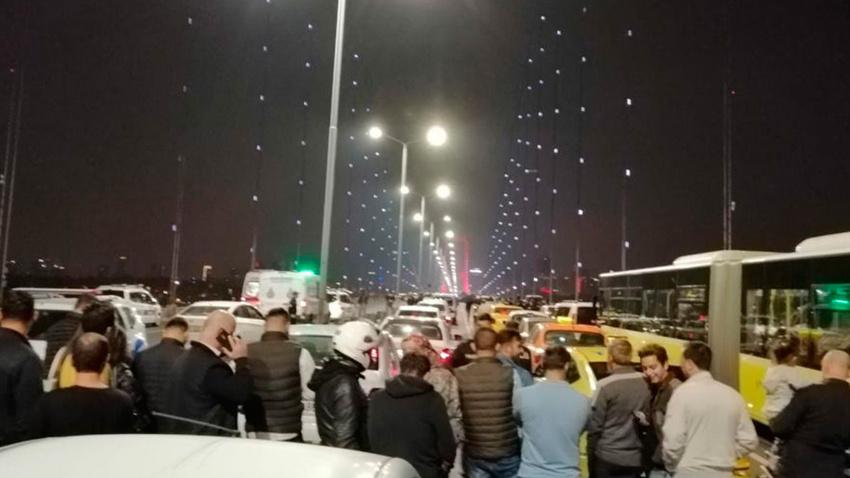 15 Temmuz Şehitler Köprüsü'nde intihar girişimi: Trafik durdu