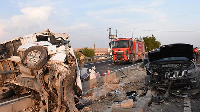 Feci kaza: 1 ölü, başsavcı ile 6 yaralı