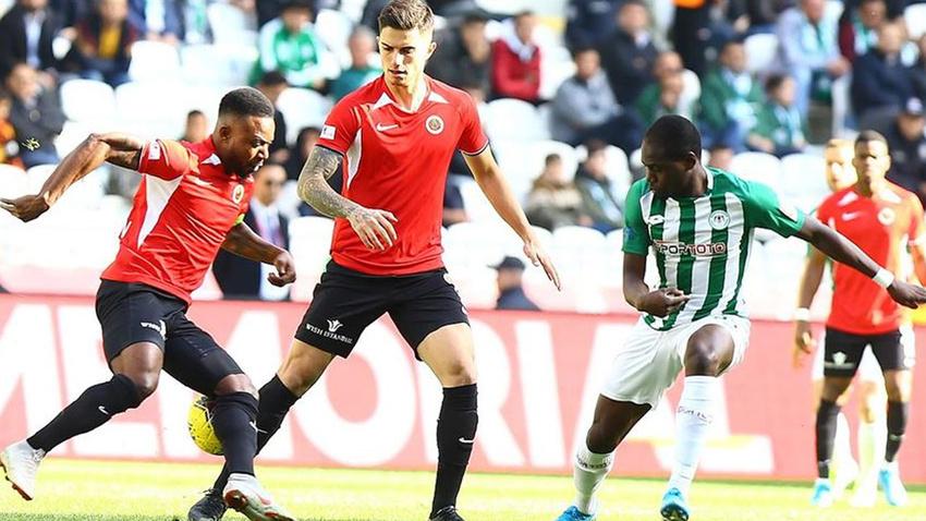 Konyaspor 90+4'te gelen golle yıkıldı!
