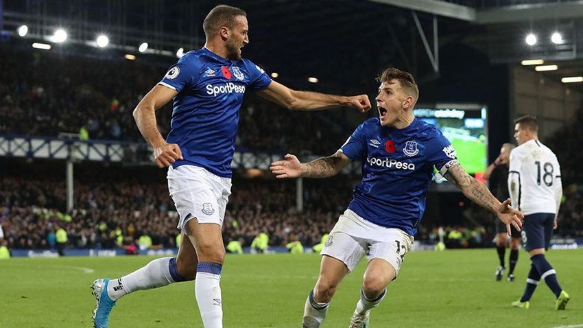 Cenk Tosun, 90+7'de Everton'a hayat verdi