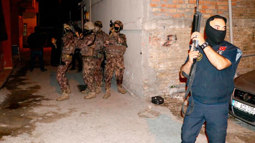 DEAŞ ve El Kaide üyelerine şafak operasyonu! Gözaltılar var...
