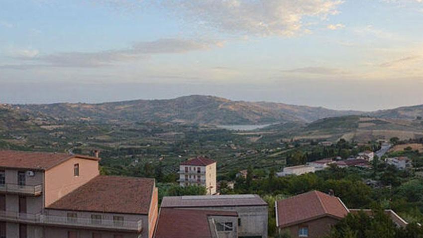 İtalya'da 1 euroya ev satılıyor