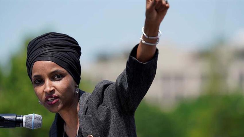Rakibinden ilk Müslüman kadın ABD Kongresi üyelerinden Omar'a: O asılmalı