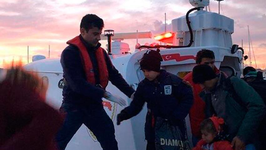 İzmir'de 111 kaçak göçmen yakalandı