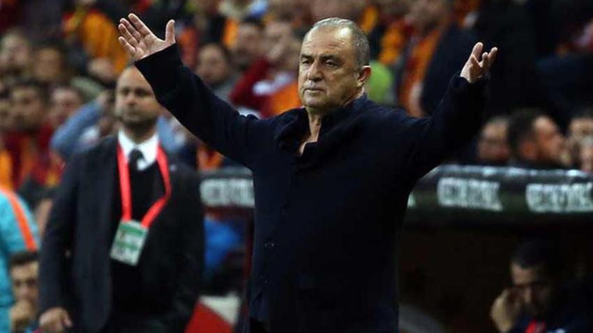 Galatasaray'da flaş gelişme! Fatih Terim o ismi sildi!
