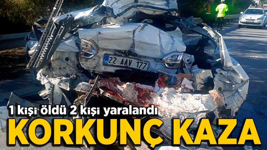 Mersin'de feci kaza... Otomobil hurdaya döndü: 1 ölü 2 yaralı