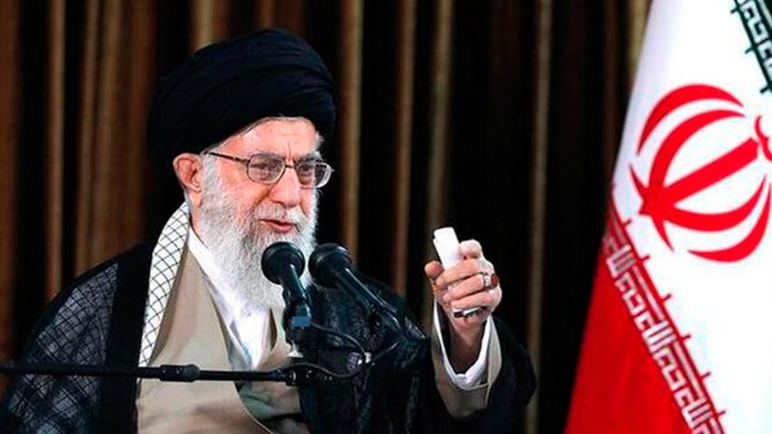 Twitter'dan İran'a darbe! Hamaney'in hesabı askıya alındı