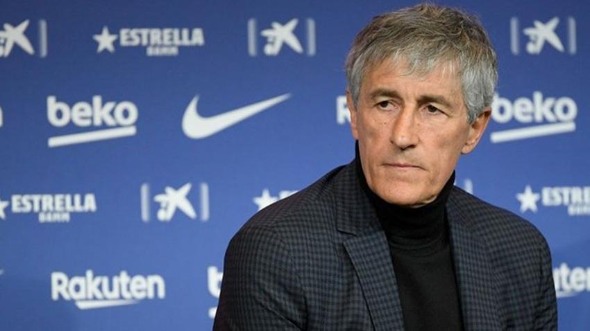 """""""Dün köyde ineklerleydim, bugün yanımda Messi var"""""""