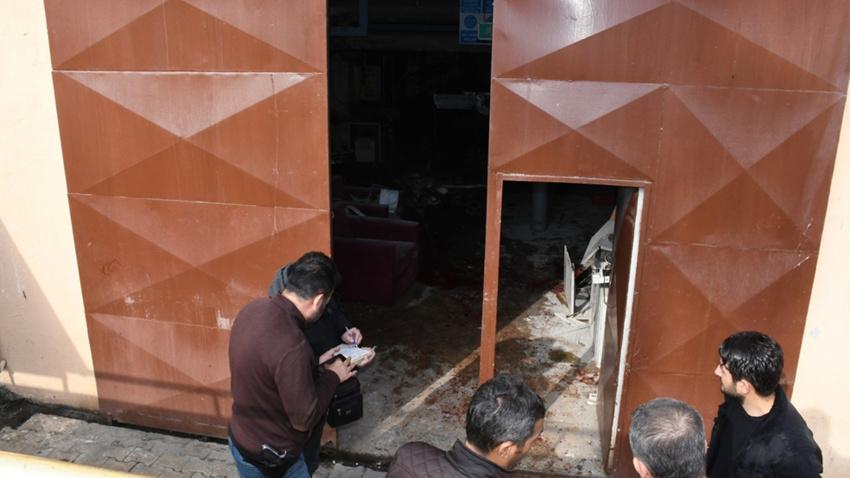 Mersin'de hastanede patlama: 1'i ağır 5 yaralı