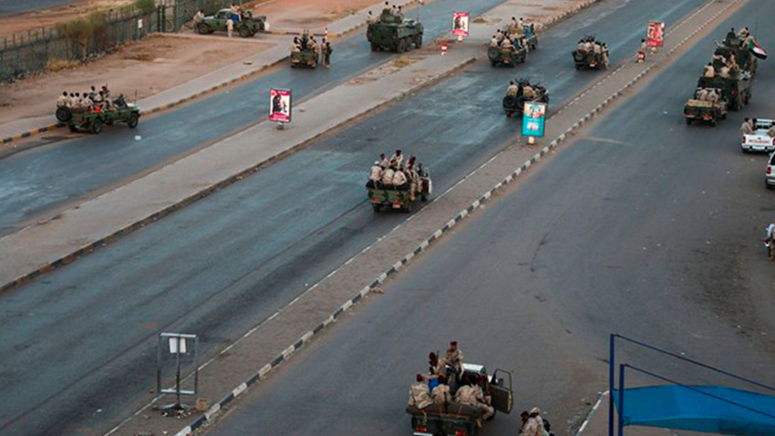 Sudan'da 'isyan' bastırıldı, 43 istihbaratçı gözaltında