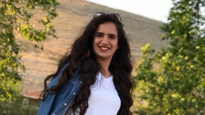 Genç kız trafik kazasında hayatını kaybetti