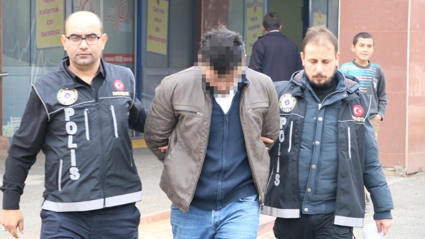 FETÖ'den ihraç edilen eski astsubay uyuşturucu satarken yakalandı