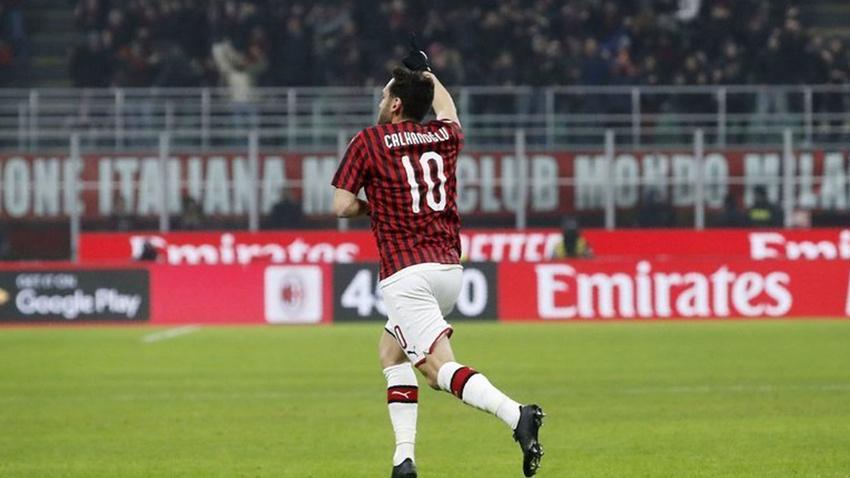 Hakan Çalhanoğlu maça damga vurdu Milan tur biletini aldı
