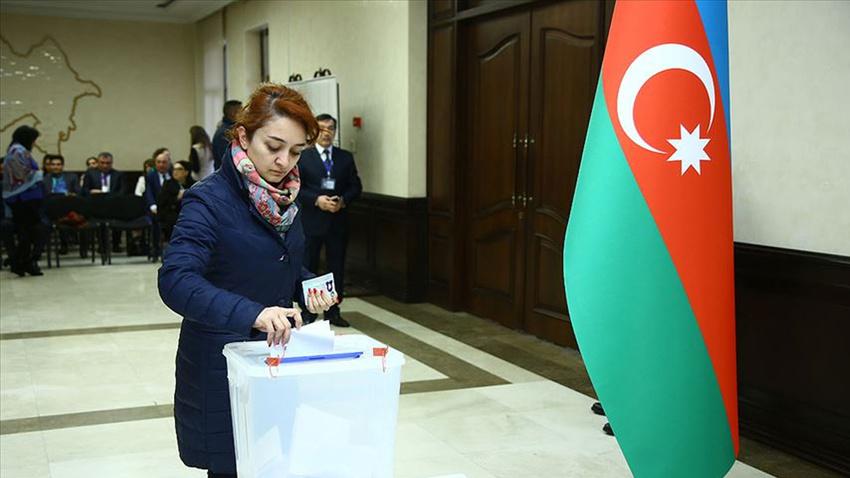 Azerbaycan'da seçimin galibi Yeni Azerbaycan Partisi