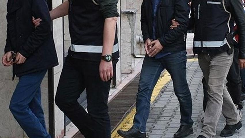 İstanbul'da 8 ilçede 2 milyonluk vurgun yapan Meksika lakaplı çete çökertildi