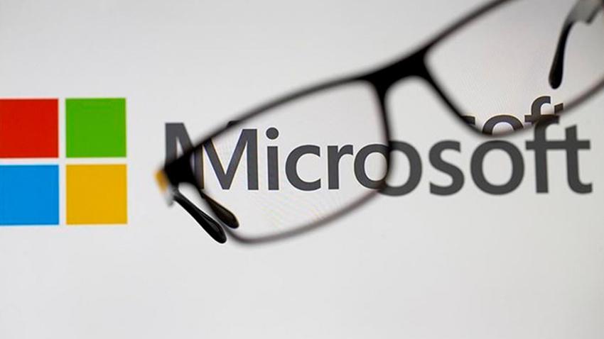 Microsoft, Apple'ı geride bıraktı
