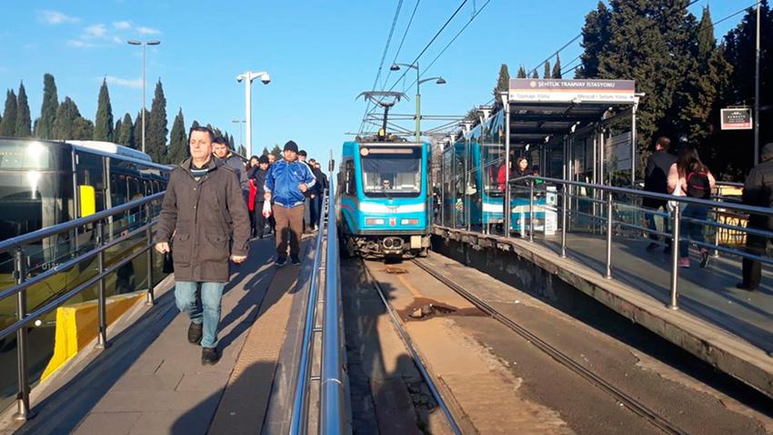 İstanbul'da tramvay seferlerinde arıza