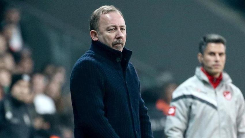 Ayrılığı Sergen Yalçın duyurmuştu! İşte Beşiktaş'ın yeni kalecisi
