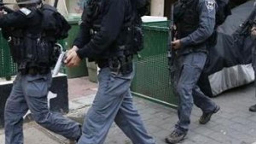 İsrail'de bara silahlı saldırı