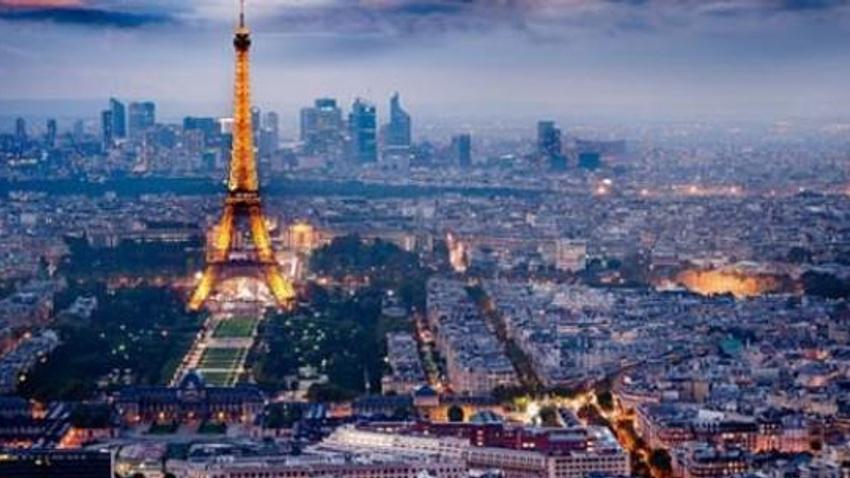 Fransa olağanüstü hal durumunu 3 ay daha uzattı