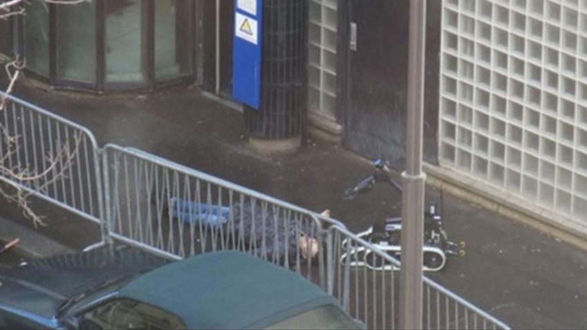 Fransa'nın başkenti Paris'te polis karakoluna saldırı girişimi!