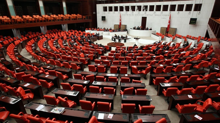 AK Parti, CHP ve MHP'den Almanya'ya soykırım tepkisi