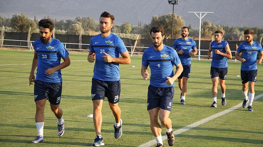 Akhisar Belediyespor sezonu Kayseri'de açacak