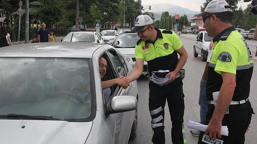 Bayramda 70 bin trafik polisi görev yapacak