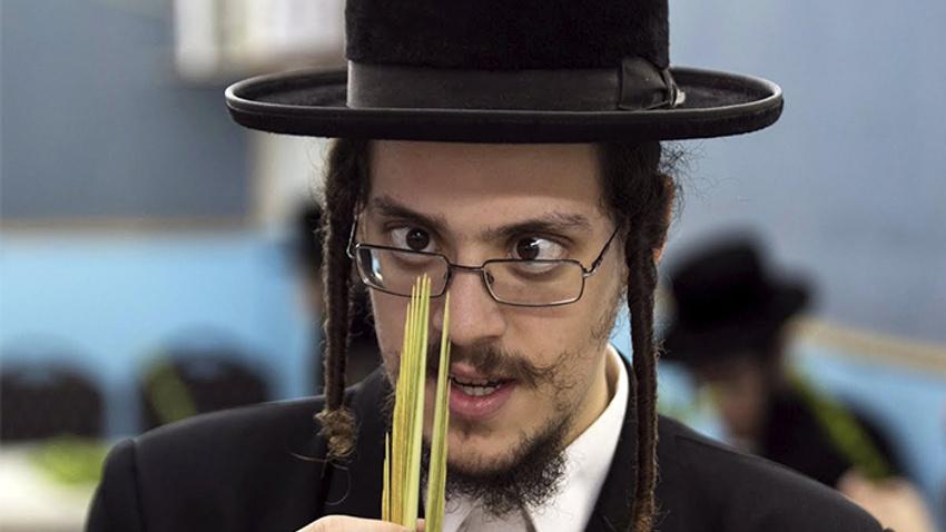 Yahudi Mezalimi (34) Yahudileri çileden çıkartan ayet