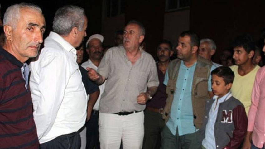 Belediye başkanının evine bombalı ve silahlı saldırı