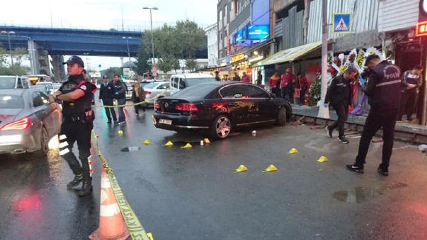 Beyoğlu'nda kafeye otomatik silahlı saldırı