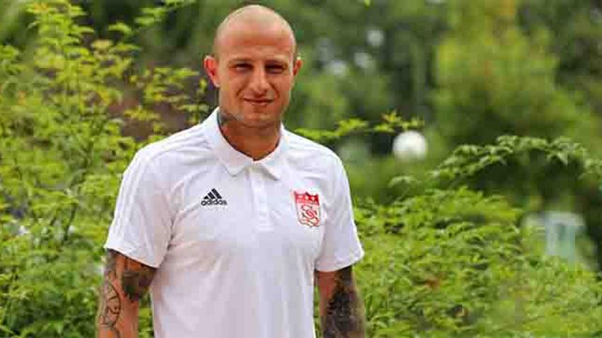 Sivasspor, Aydın Karabulut'u kadrosuna kattı