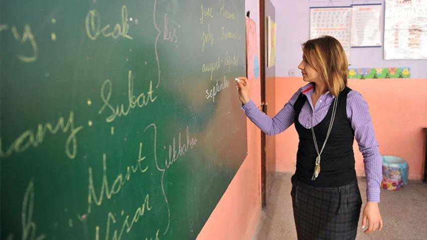 Binlerce öğretmeni ilgilendiren gelişme... Bakanlık Twitter'dan duyurdu