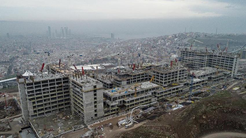 İzmir'in 'sağlık üssü'nün yüzde 90'ı bitti