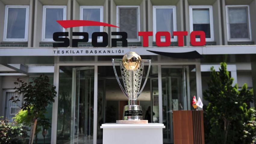 Şampiyonluk kupası Ankara'da tanıtıldı