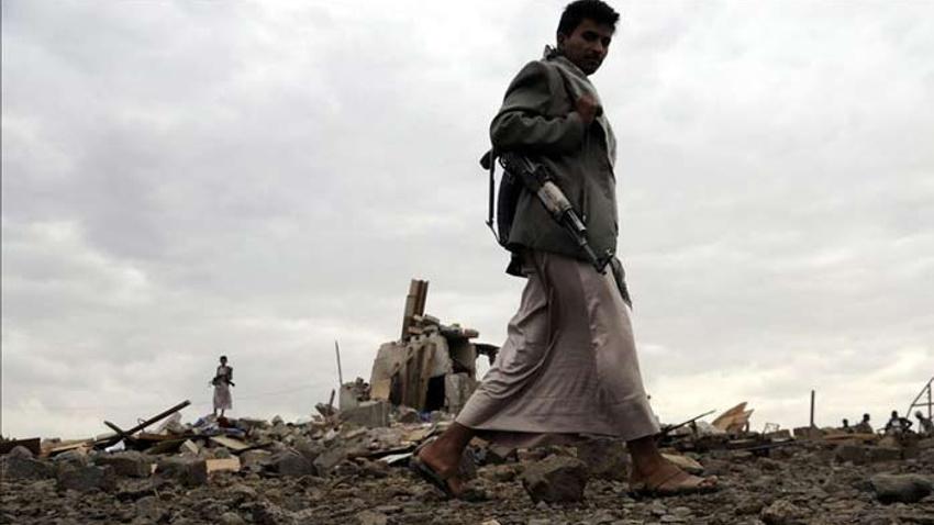 """Husilerden Suudi Arabistan'a """"daha büyük"""" saldırı tehdidi"""