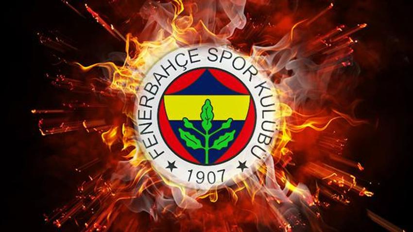 Fenerbahçe ilk imzayı attırdı! 4+1 yıllık...
