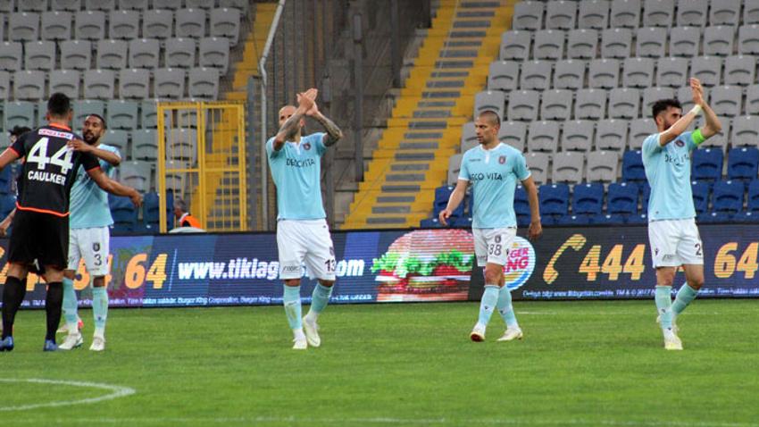 Başakşehir sezonu 1 puanla kapattı!